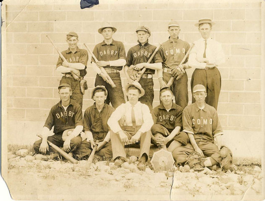 Darby Como Baseball Team.jpg