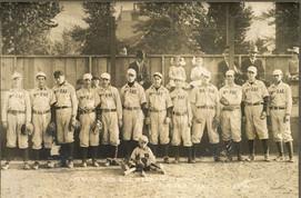 MacRae Baseball Team 1913.jpg