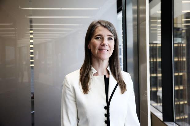 Juliet Bourke - Deloitte.