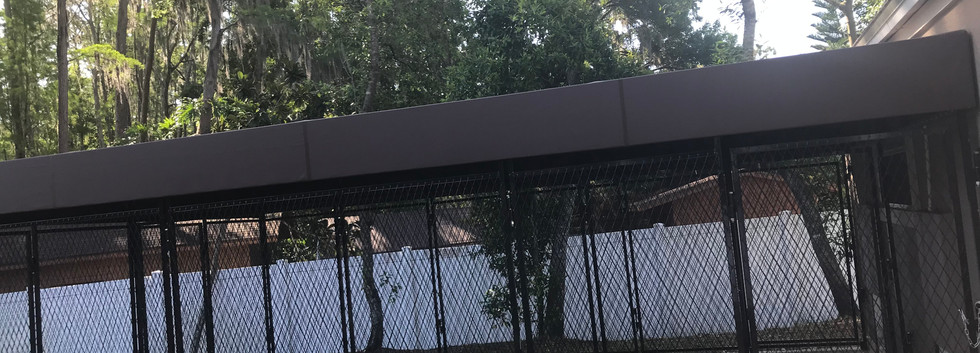 Outdoor covered kennel