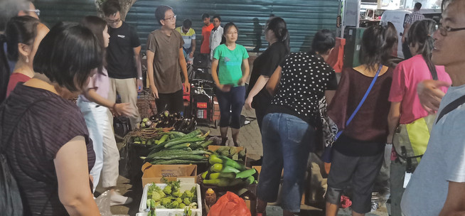 """""""From this learning trip, I understand that not all ugly vegetables are inedible. We cannot judge the book by its cover. We should take some time to relook at these unwanted vegetables and we might discover beauty in it. I believe that if we are able to raise awareness that unwanted vegetable deserves a second look, we would be able to reduce food wastage. One thing that left a deep impression in my heart is how this community comes together to do their part, even it might be insignificant, to reduce food wastage. It is better to start somewhere than not starting it out at all. I would recommend my friends to sign up to find out more food wastage situation in Singapore and discover the measures that one could do to reduce food wastage as an individual.""""  - Wei Leong, 6th Jan 2020"""