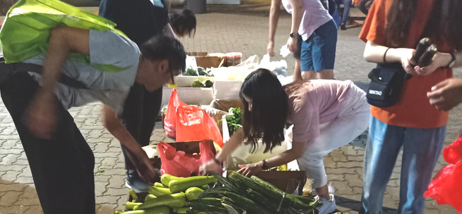 """""""I joined this event because I realised that this was a good platform for me to start making minor environmental changes to the community. It was impactful as we managed to rescue over 15 boxes of fruits & vegetables that were supposedly going to be thrown away. This gives me a sense of achievement because we did what we can to reduce food wastage. And I guess this session got me into thinking about food wastage in fruits & vegetables stall and how the culture of picking only nice looking fruits and vegetables needs to be changed and educated.   I would recommend this to my friends because I would want them to experience what I had experienced instead of me telling them about this experience. Doing it is always better than saying it!""""  - Rebecca Wee, 3rd Feb 2020"""