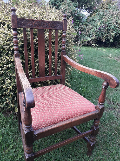 Arts & craft style carver chair