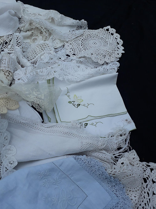 Lace & linens - collectionTWO