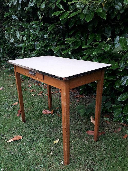 SOLD - vintage 50's formica desk/ table