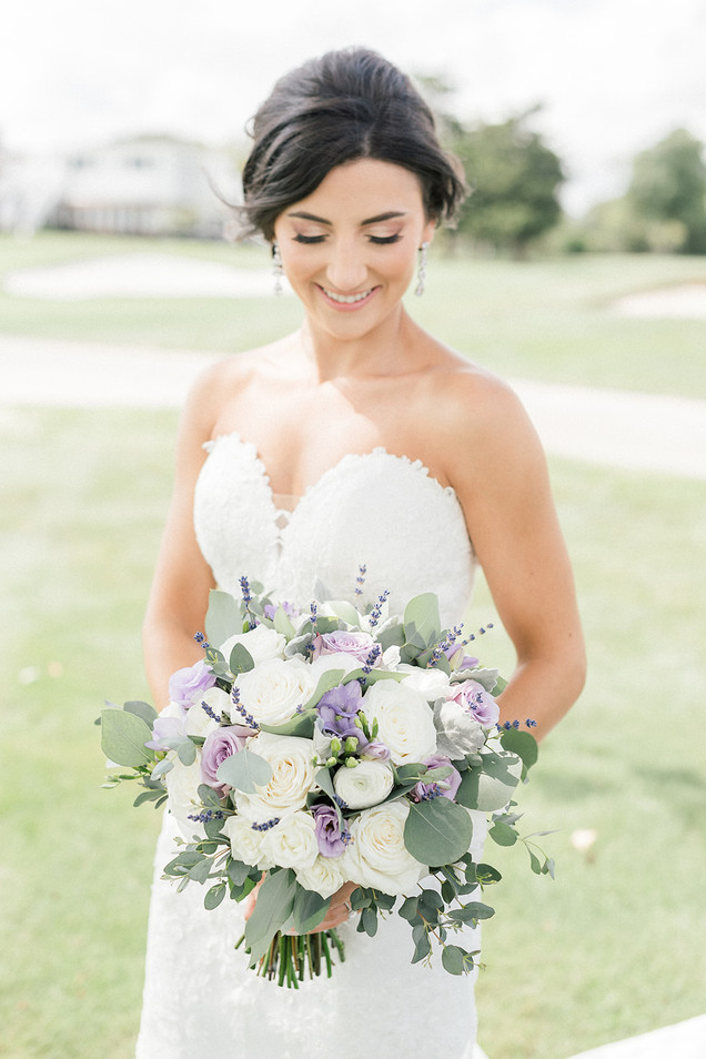 white-lavender-bouquet.jpg