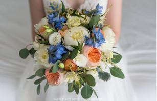 peach-and-blue-bouquet.JPG