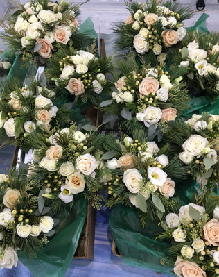Palace-wedding-bouquets