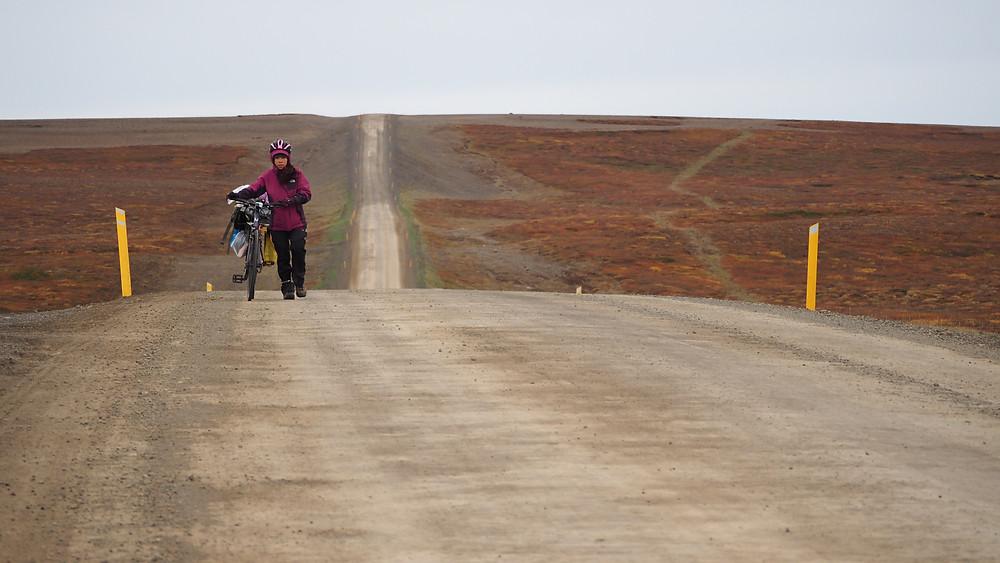 87縣道,一路上比臺三線坡度還要大得上上下下的陡坡