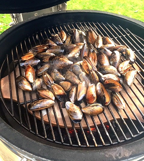 Pine Smoked Mussels