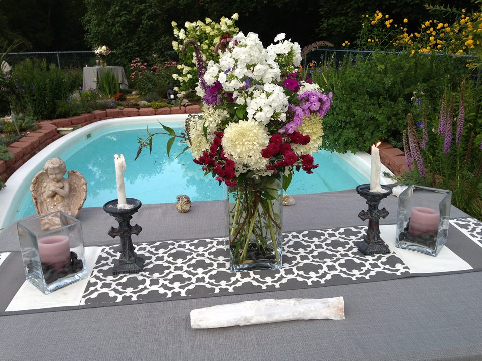 Poolside wedding ceremony