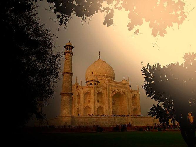 Charlotte Tottenham Taj Mahal India Travel