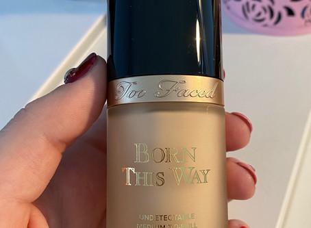 Fond de teint Born This Way de Too Faced
