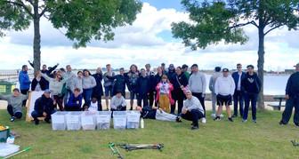 Unge holder Svanemøllen Strand fri for affald
