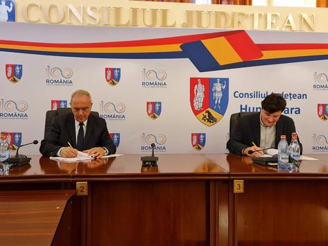 CJ Hunedoara și INP au semnat contractul de proiectare pentru lucrarile de la Sarmizegetusa Regia