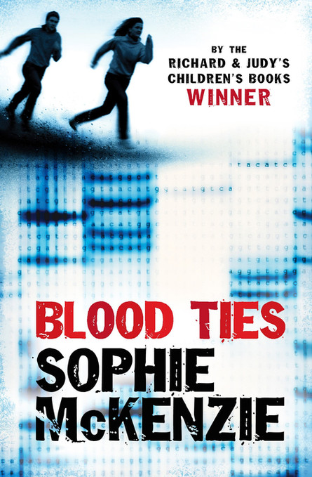 Front cover of 'Blood Ties' by Sophie McKenzie.