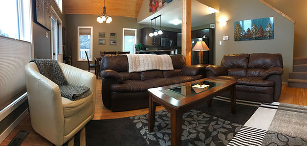 Clear Lake Manitoba Cabin Rentals - Cabin 1 Living Room 1