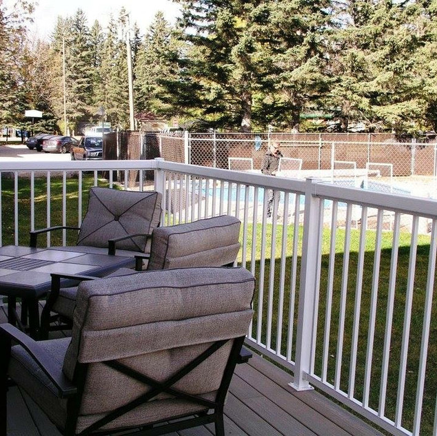 clear lake cabin rental with pool and hot tub
