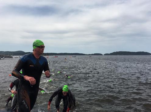 Til runding og ny svømmetur