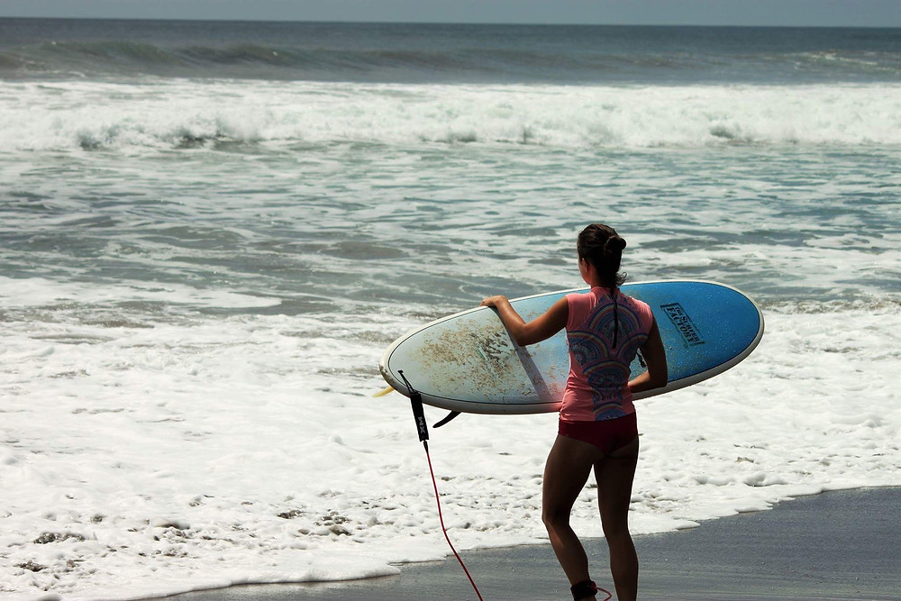 Surfing to relieve stress