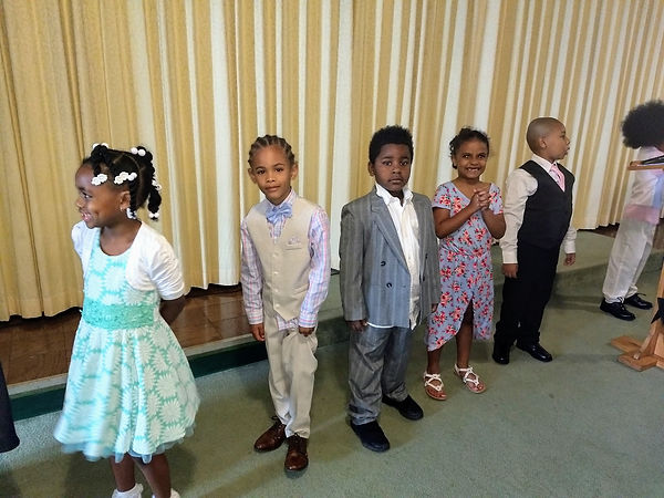 Kindergarten Graduation4 (6-4-19).jpg