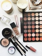 A guide to shopping make-up online