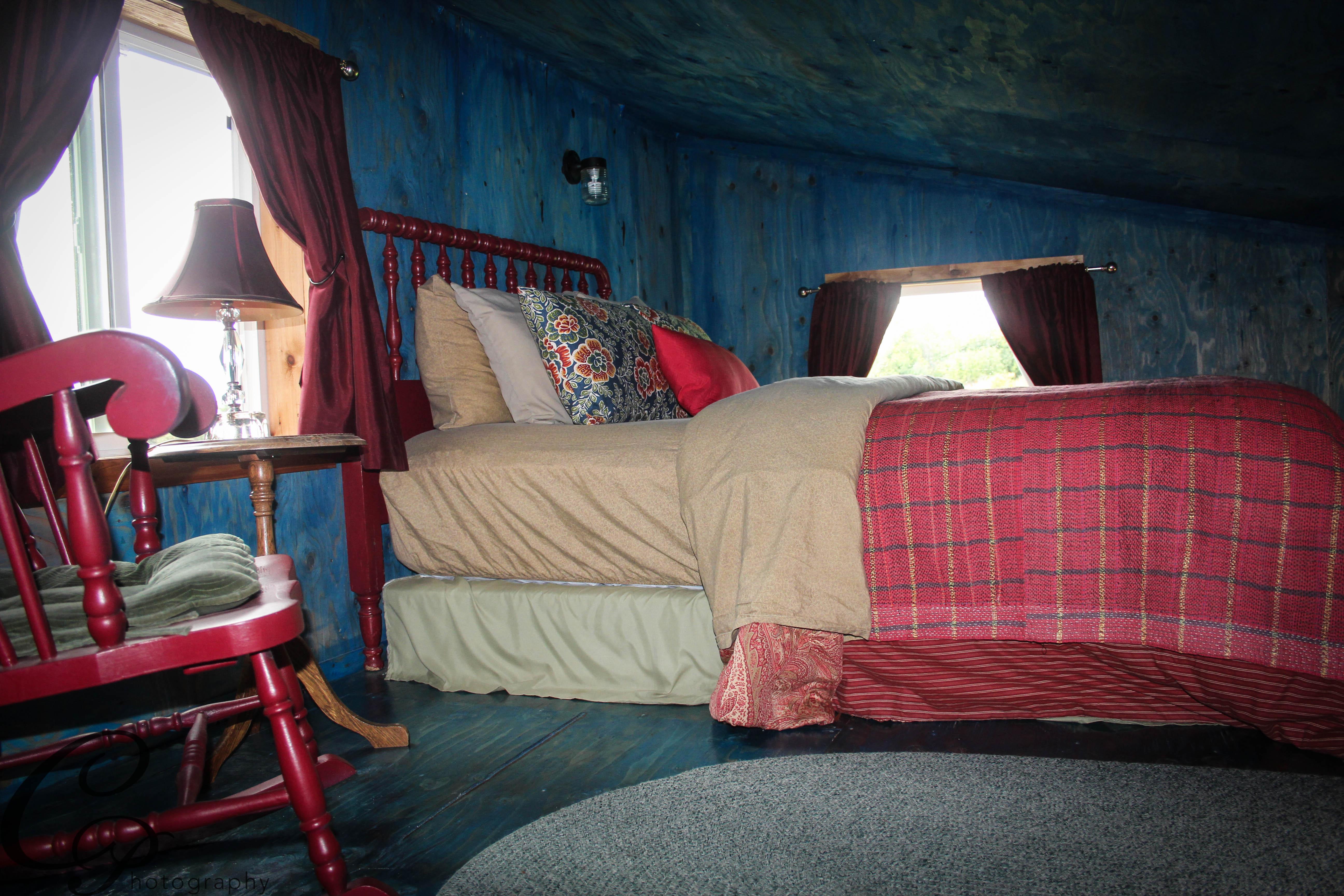 blue room 12