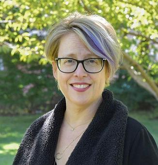 Lisa Coyne_edited_edited_edited.jpg