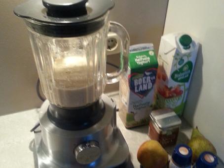 Appel/peer yoghurtsmoothie  met gezonde specerijenmix