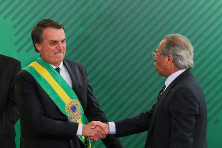 Guedes planeja cortar R$ 30 bilhões de pensões e aposentadorias por medida provisória