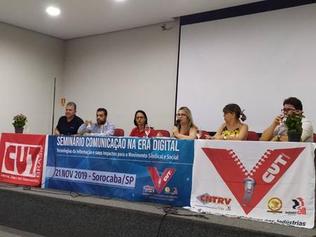 """Sindicato realiza formação sobre """"era digital"""" e promove cursos de informática"""