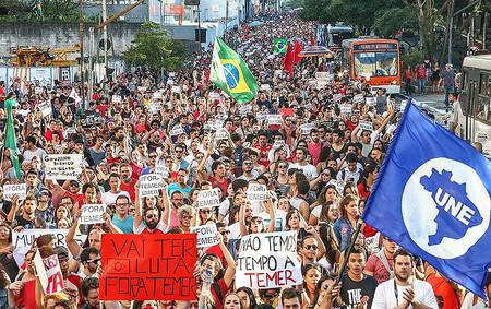 'Fora, Temer' e 'Nenhum direito a menos' unem movimentos em ato nacional nesta sexta