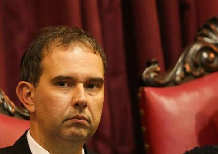 Se voltar, Dilma tem 'total poder' para anular atos de Temer, diz juiz