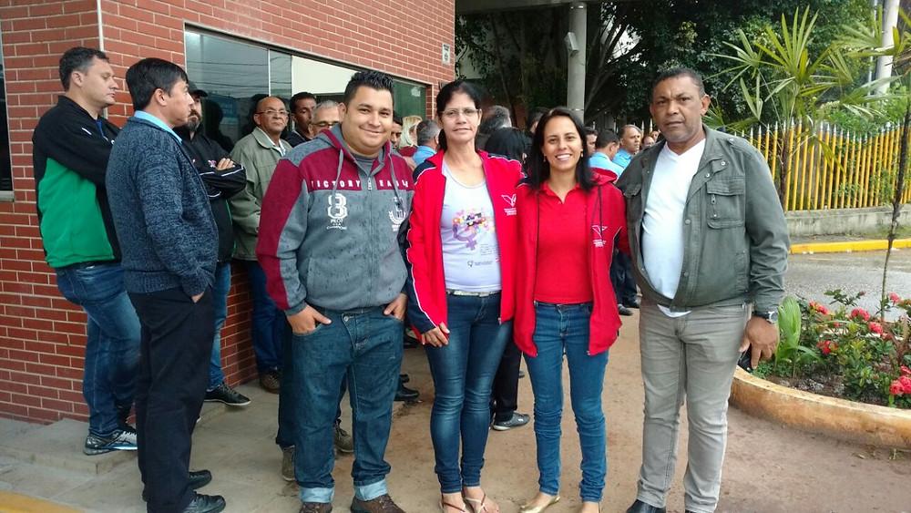 Direção do Sindicato do Vestuário participa ativamente do movimento grevista