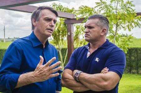 Bolsonaro indica condenado por estelionato para equipe de transição