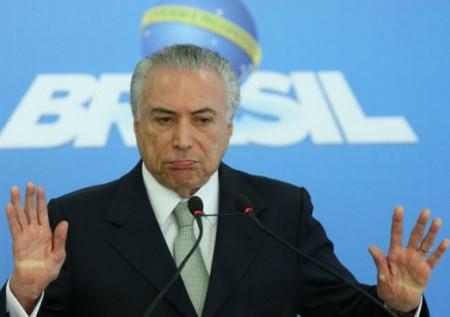Governo provisório quer travar o Brasil por vinte anos