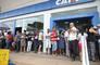 Auxílio de três parcelas de R$ 200 proposto pelo governo é inaceitável, diz CUT