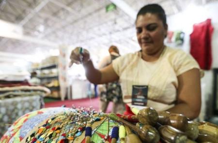 Congresso aprova projeto que prioriza mães solteiras no auxílio emergencial