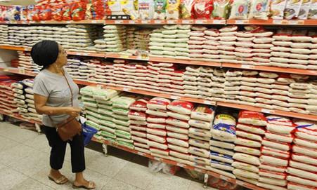 Sem ações do governo e apoio à agricultura familiar, preços de alimentos disparam