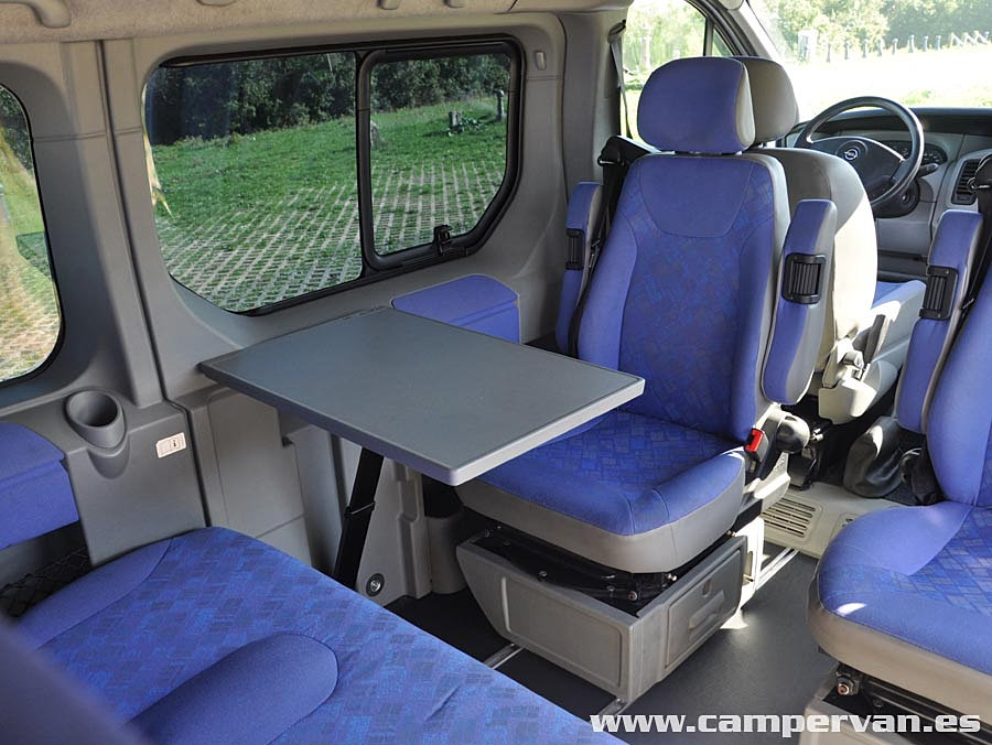 turistservis westfalia opel vivaro life 151. Black Bedroom Furniture Sets. Home Design Ideas