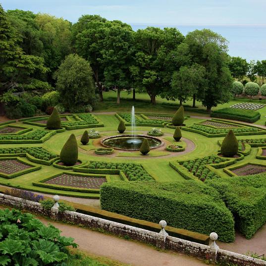 Elegant Gardens