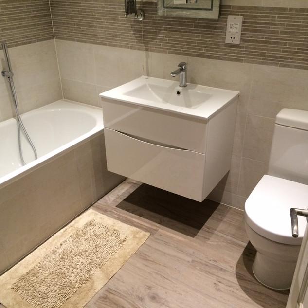 bathroom fitters Windsor