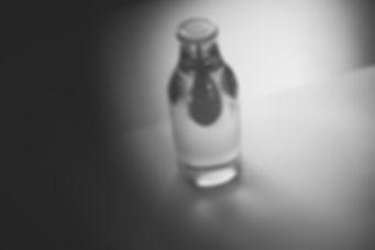 David Valner glass studio Dvalner design sklo bottle