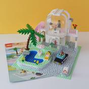 Poolside Paradise (6416)