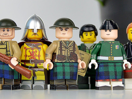 Toy Shop Exclusive Minifigures
