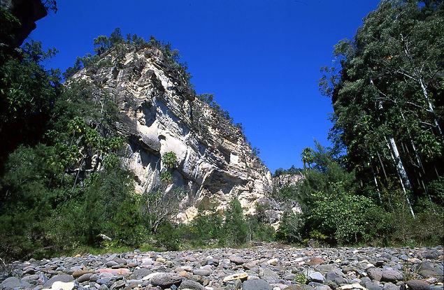 17-18 cliffs 03.jpg