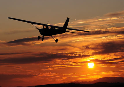 Cessna 172 Wallpaper 1_edited.jpg
