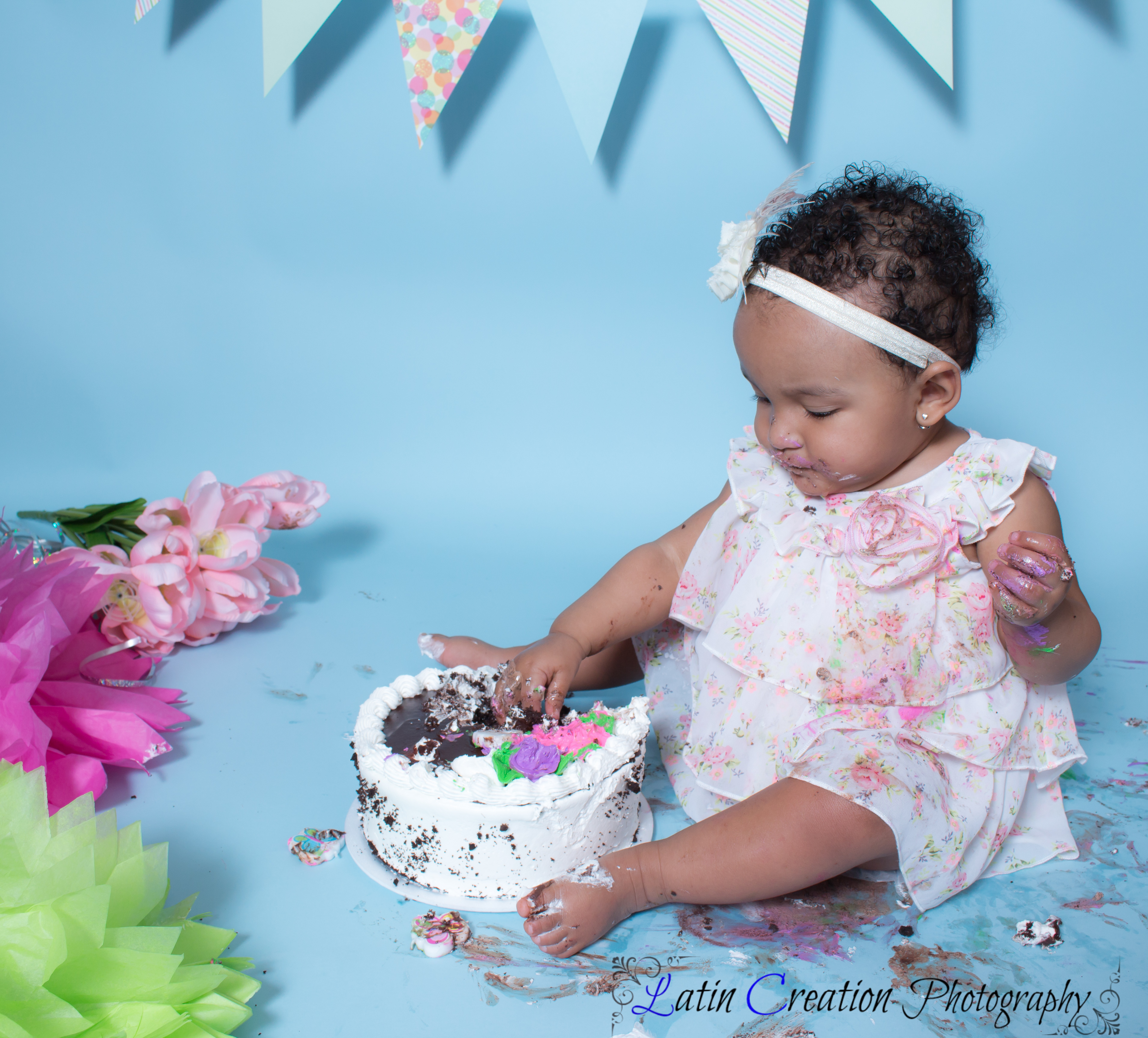 Nyomi Cake smash-6147.jpg