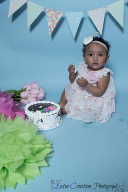 Nyomi Cake smash-6104.jpg