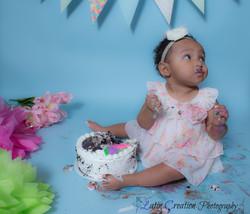 Nyomi Cake smash-6153.jpg